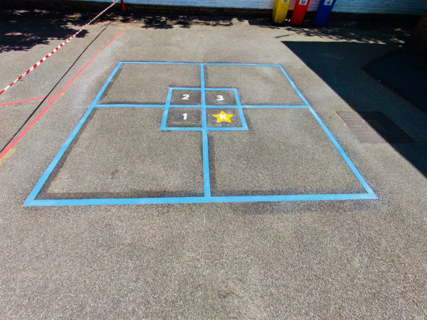 Eastwick-Infant-School-King-Square-Playground-Marking