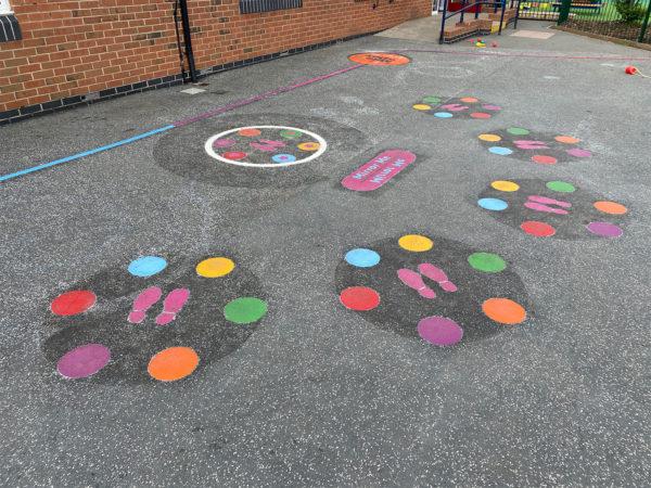 Firfield-Primary-School-Mirror-Me-Playground-Marking